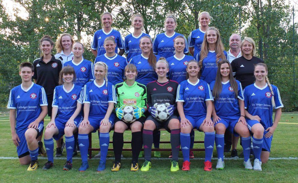 Mannschaftsfoto 1. Frauen Saison 2018/19 - BSC Marzahn